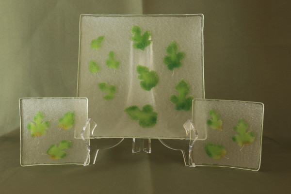 fused glass fossil paleo glassic vitra mulberry leaves clear plate