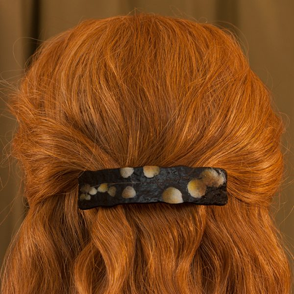 glass hair clip paleo-glassic brown partridgeberry