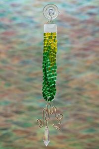 glass suncather green color rod with crystal and brass wire
