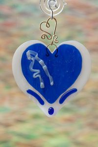 glass suncatcher blue heart with brass wire